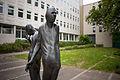 Sculpture Die Begegnung Waldemar Otto Hildesheimer Strasse Suedstadt Hanover Germany 05.jpg