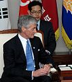 SecArmy visits Korea - 03 MAY 2010 (4).jpg