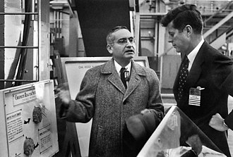 Alvin M. Weinberg - Weinberg speaks with Senator John F. Kennedy at Oak Ridge in 1959
