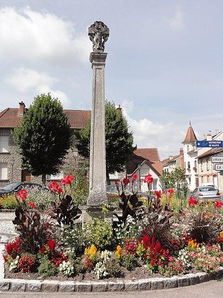 Sermaize-les-Bains (Marne) croix de chemin