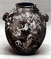 Shouldered jar with two lugs MET 12-183-2.jpg
