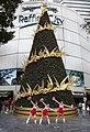 Singapore Raffles City Christmas Tree-1 (11861909306).jpg