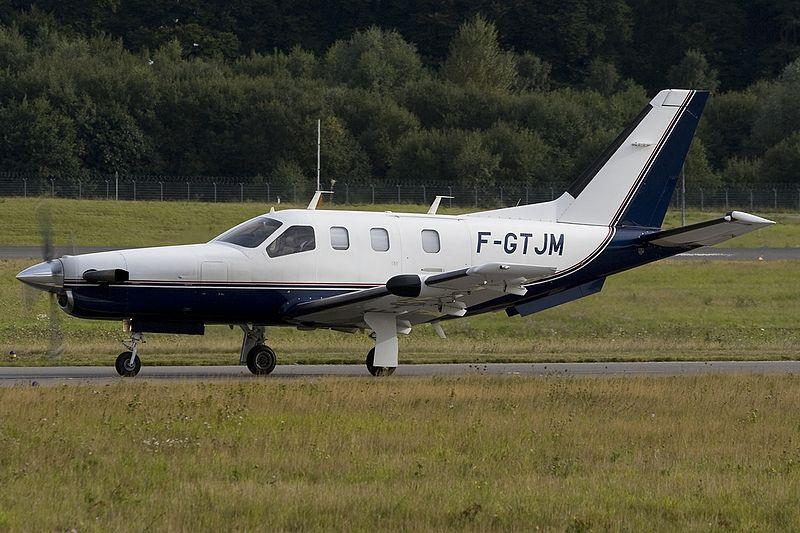 File:Socata TBM-700, Private JP6351502.jpg