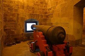 Souterrains chateau de Brest 01.jpg