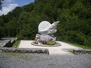 Col de Portet d'Aspet - The monument to Fabio Casartelli