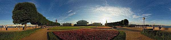Best panoramic photo. Old Saint Petersburg Stock Exchange Square Ensemble and Rostral Columns, Tip of Vasilievsky Island. Author: Andrey Salnikov