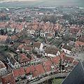 Stadsgezicht, Overzicht vanaf de toren van de Hervormde Kerk - Brielle - 20372543 - RCE.jpg
