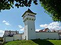 Stadtgraben mit ehemaligem Wasserturm.jpg