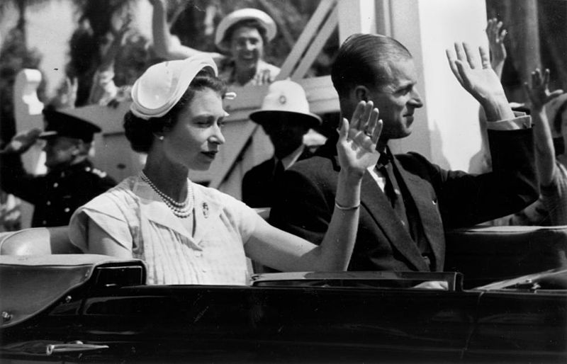 File:StateLibQld 1 210936 Queen Elizabeth II and Prince Philip en route to Eagle Farm Airport, Brisbane, Queensland, 1954.jpg