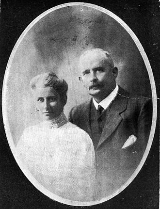 Shire of Johnstone - Mr and Mrs Charles Edward Jodrell née Earl, 1907