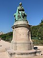 Statue Lamarck Jardin Plantes Paris 2.jpg