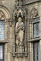 Statues on 5 Bank Buildings, Birkenhead 3.jpg