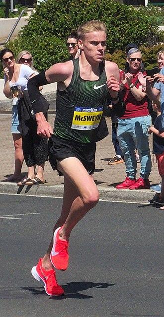 Burnie Ten - Stewart McSweyn winning the 2018 event