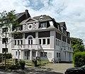 Stolpersteine Krefeld, Villa Merländer (Friedrich-Ebert-Straße 42).jpg