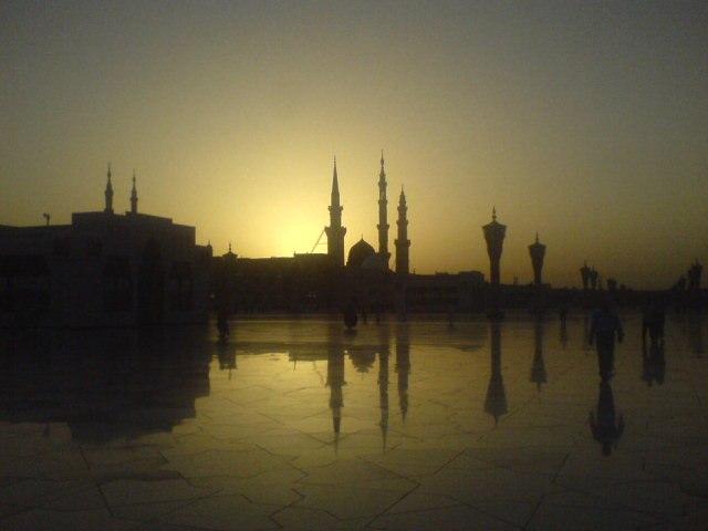 Sunrise at al-Masjid al-Nabawi