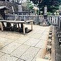 Sur Les Tombes Des 47 Rōnin à Sengaku Ji (234788215).jpeg