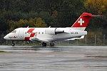 Swiss Air-Ambulance, HB-JRA, Bombardier CL604 Challenger (36969025344).jpg