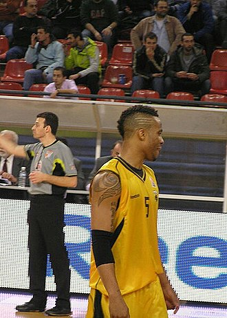 Taurean Green - Green playing for AEK Athens in 2010