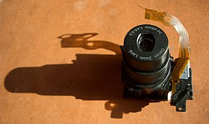 Camera lens - The zoom lens assembly of the Canon Elph