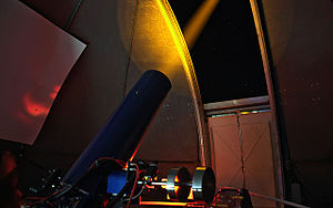 Teide Observatory - Image: Testing laser guide star systems on Tenerife