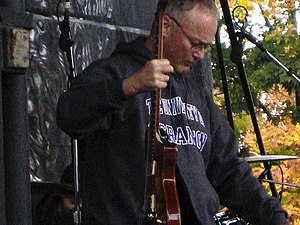 Creed Bratton - Bratton playing at The Office Convention in Scranton, Pennsylvania, in 2007