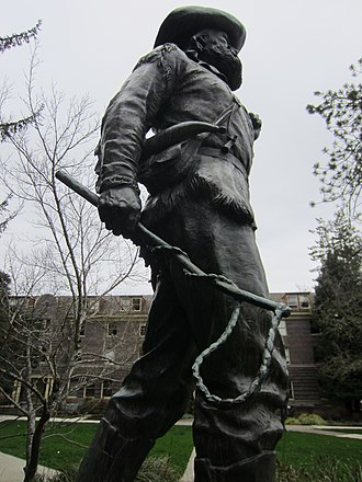 The Pioneer (Eugene, Oregon) - The statue in 2014