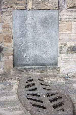 George Livingston, 3rd Earl of Linlithgow - The grave of George Livingston, Lord Livingston (and his wife Elizabeth Maule), St Michaels Church, Linlithgow