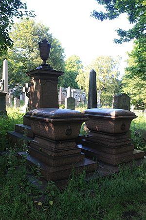 William Taylour Thomson - The unusual twin grave of William Taylour Thomson and his wife, Warriston Cemetery, Edinburgh