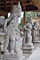 Tirta Empul temple (17057967945).jpg