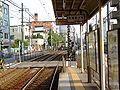 Toden-higashiogu-3chome-platform.jpg