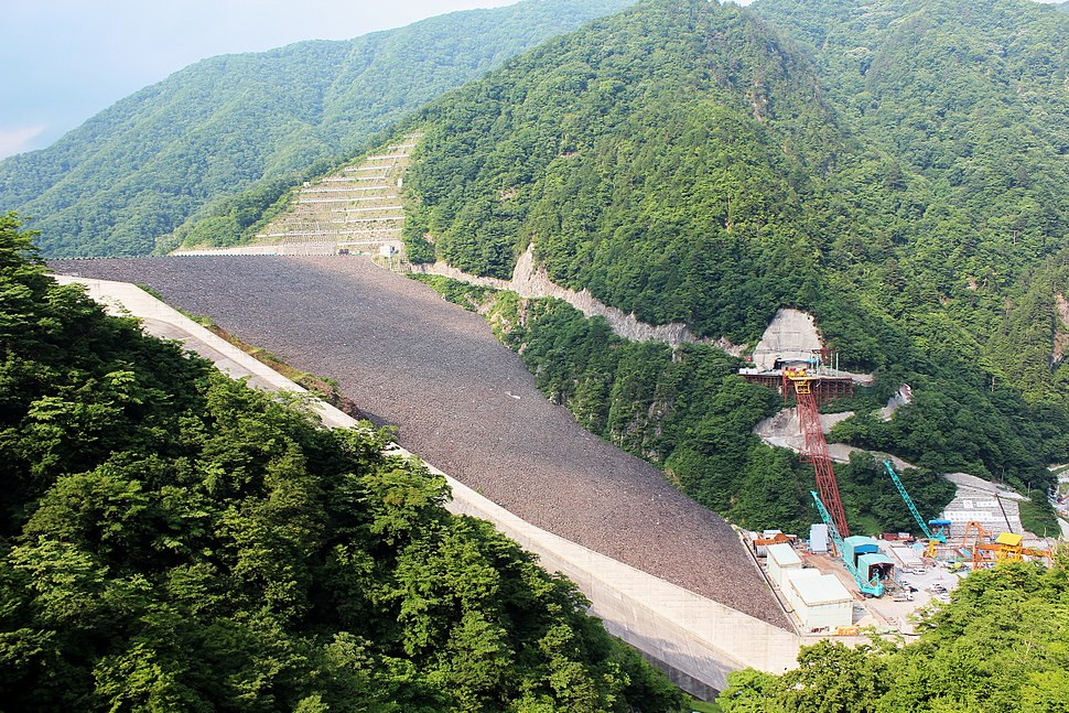 Tokuyama Dam under involved construction