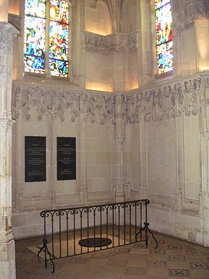 Personal life of Leonardo da Vinci - Burial place of Leonardo da Vinci, in the Chapel of Saint-Hubert, Château d'Amboise, France