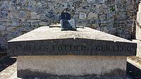 Tombe de René Pottier à Grez sur Loing - 03.jpg