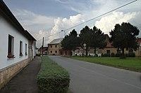 Travčice, cesta.jpg