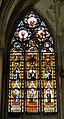 Troyes Cathédrale St. Pierre et Paul Innen Buntglasfenster.jpg