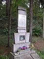 Tuhan Vinarice KL CZ WWII memorial 169.jpg