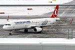 Turkish Airlines, TC-JTR, Airbus A321-231 (40637713901).jpg