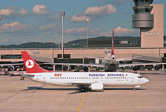 Turkish Airlines - Turkish Airlines Boeing 737 in Zürich Airport in 1995.
