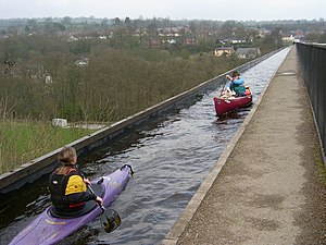 Two way traffic on the Pontcysyllte Aqueduct - geograph.org.uk - 400684.jpg