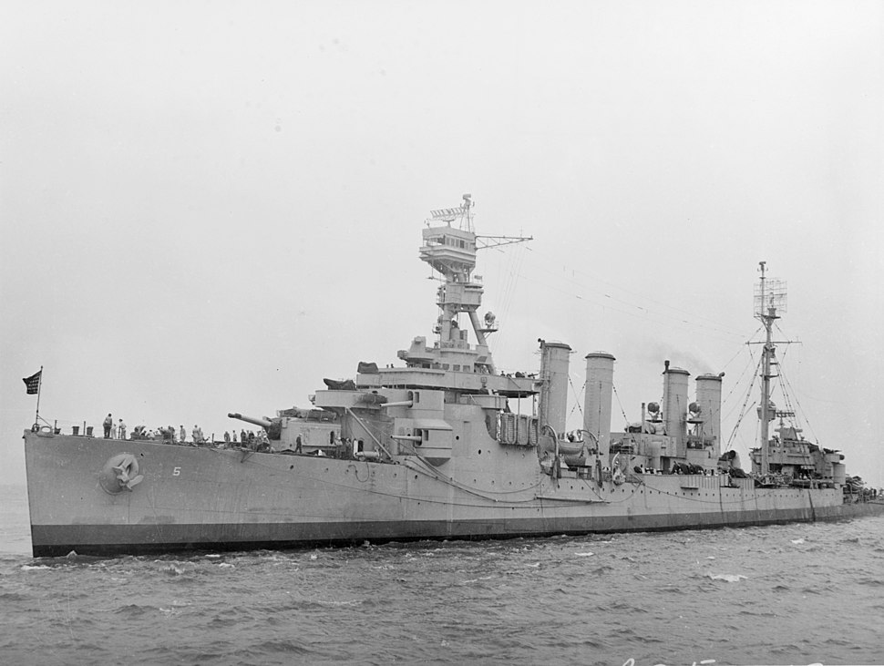 USS Milwaukee (CL-5) off New York City, circa in August 1943 (19-N-51513)