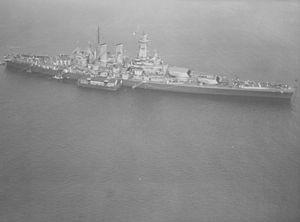 USS Washington aerial view NARA BS 33802.jpg