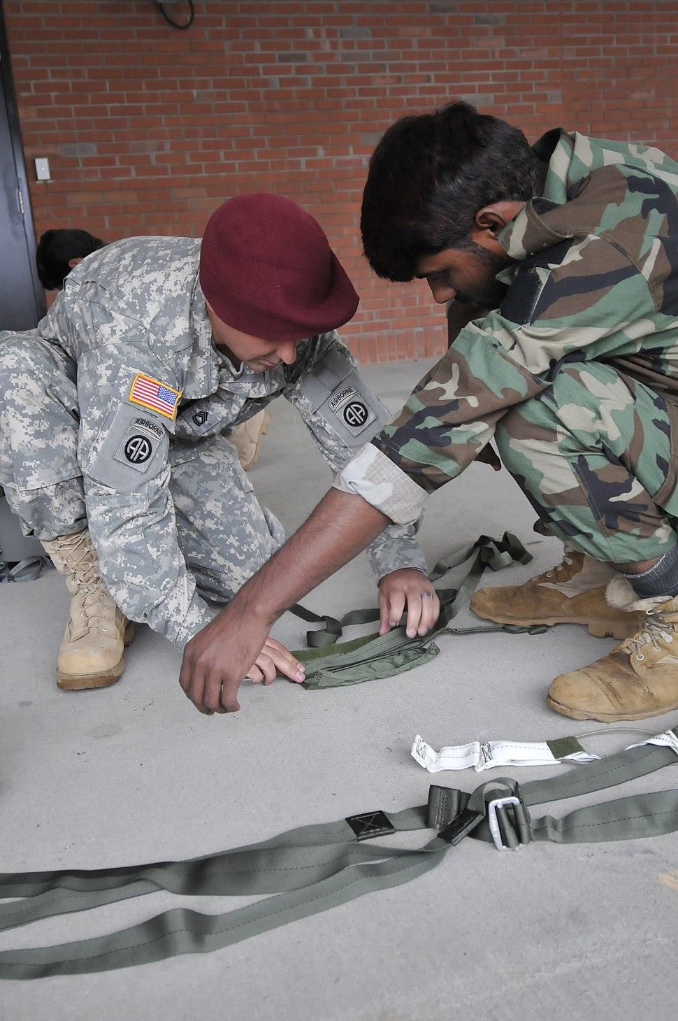US Army 52452 091006-A-8278F-016