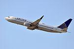 United Airlines, Boeing 737-824(WL), N18243 - LAX (19087502185).jpg