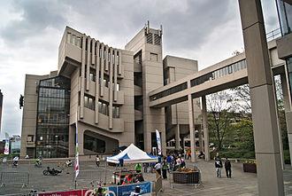 University of Leeds - The Roger Stevens Building