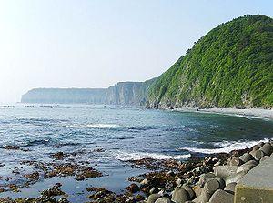 白池海岸と鵜ノ巣断崖 鵜ノ巣断崖一帯は三陸海岸北部に見られる典型的な隆... 鵜ノ巣断崖