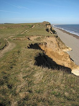 View west along the Norfolk Coast Path - geograph.org.uk - 749744