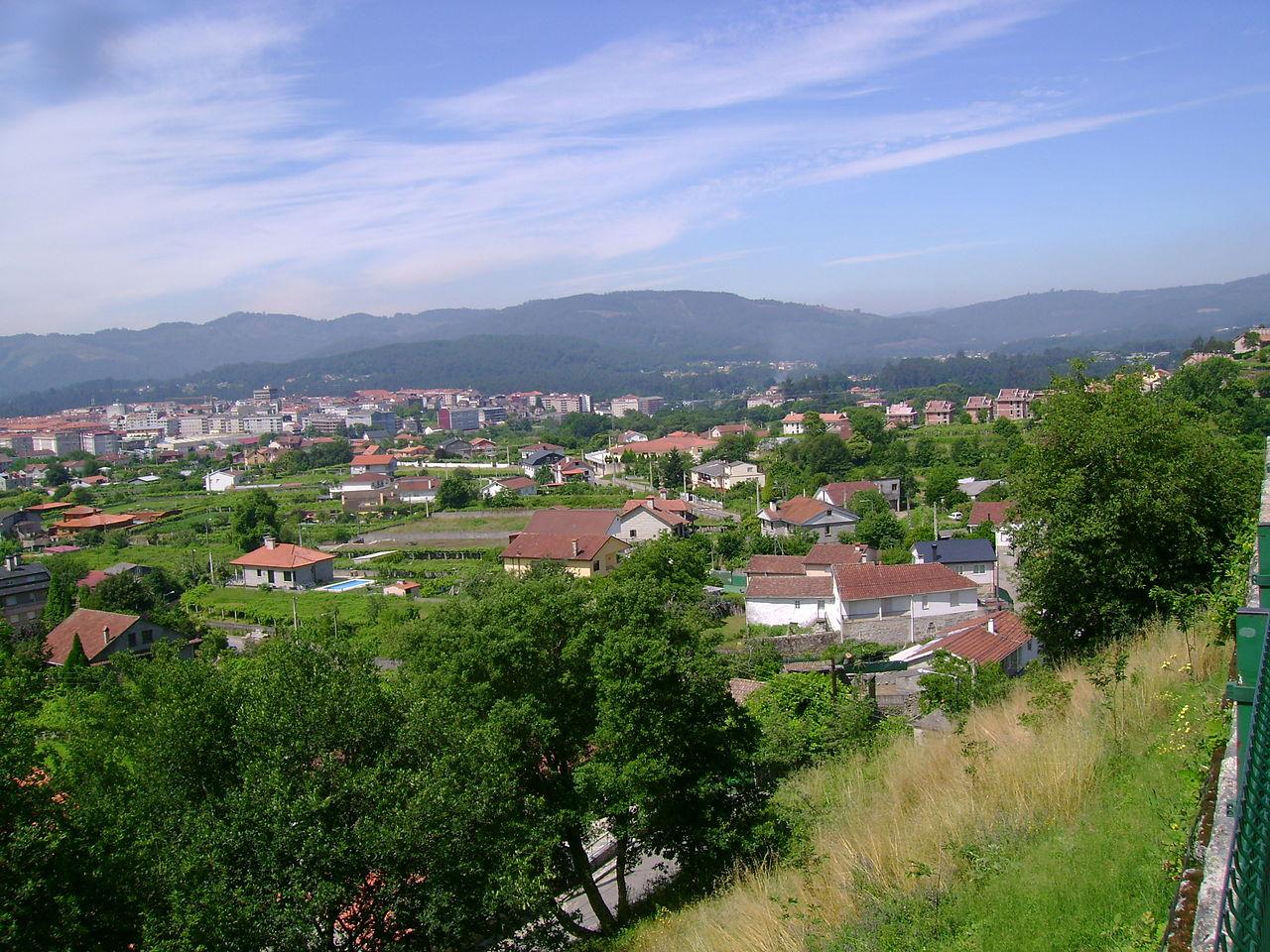 File:Vista Ponteareas.jpg - Wikipedia