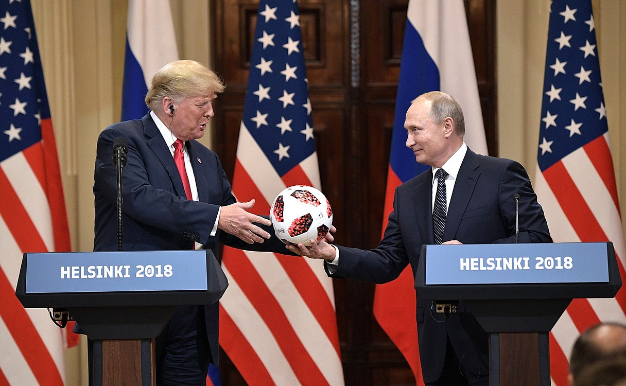 Vladimir Putin & Donald Trump in Helsinki, 16 July 2018 (10).jpg