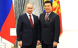 Joseph Kobzon - The title of Hero of Labour of the Russian Federation is awarded to Iosif Kobzon by Vladimir Putin, 30 April 2016