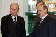 Lamberto Dini insieme a Vladimir Putin nel 2000